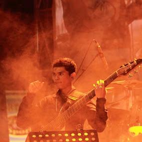 Feelin The Music by Kristian Hadinata - People Musicians & Entertainers ( asian jazz 2012 )