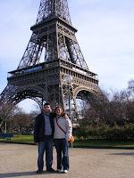 Y aquí estamos, bordeando el Sena mientras nos alejamos de nuestra primera visita