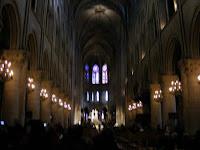 La entrada es gratuita, y en aquel momento se celebraba una misa