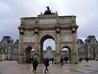 El Arco del Carrousel separa el Museo del Louvre de los Jardines de las Tullerías