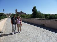 Desde el sur del Puente Romano se puede divisar la Catedral Nueva