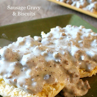 Momma's Biscuits and Gravy