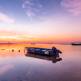 by Yan Suardana - Transportation Boats