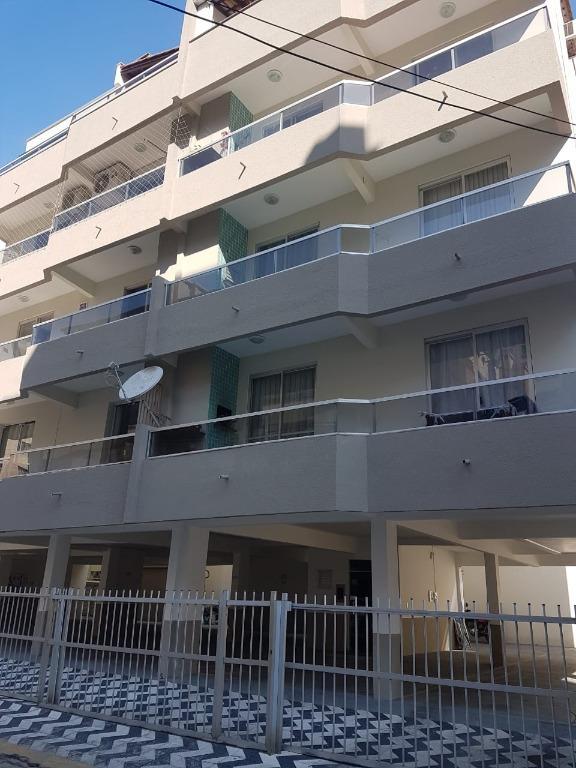 Apartamento com 3 dormitórios à venda, 105 m² por R$ 469.000,00 - Meia Praia - Itapema/SC