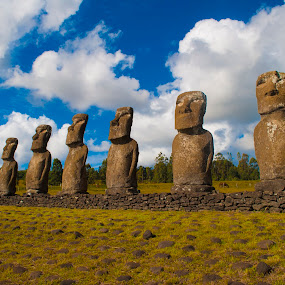 Ahu Akivi by Gato Perro Tronchatoro Krois - Novices Only Landscapes ( sky, easter, ahu, moai, landscape, island,  )
