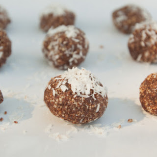 Cashew Cacao Bliss Balls