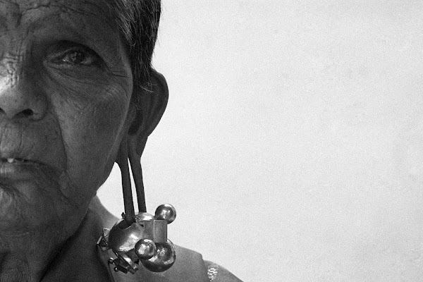 Lambanis of Deccan Plateau & Rustic Women of Tamilnadu Dazzle.