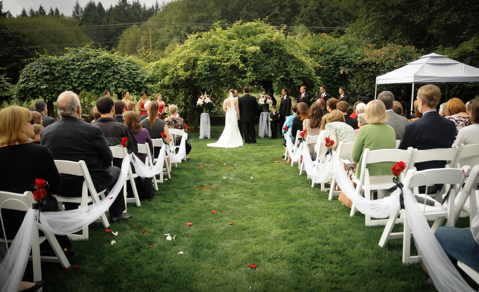 The perfect garden wedding.