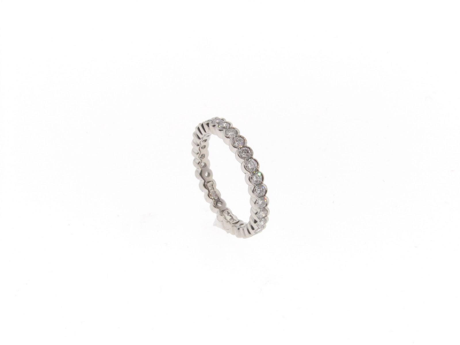 Bvlgari wedding ring:Permanent