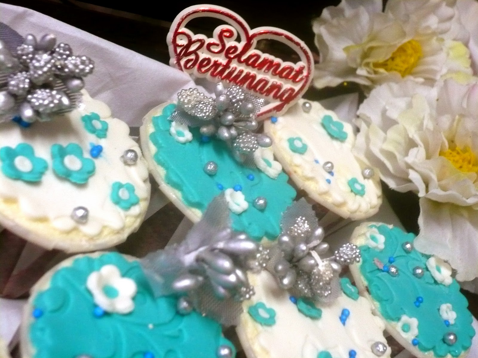 teal and silver wedding