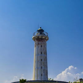 Pondicherry Lighthouse by Vijayanand Celluloids - Buildings & Architecture Other Interior ( guide, see side, lighthouse, light, sea shore )