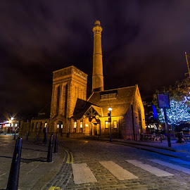 Liverpool at night by Katarzyna Najderek - Buildings & Architecture Public & Historical