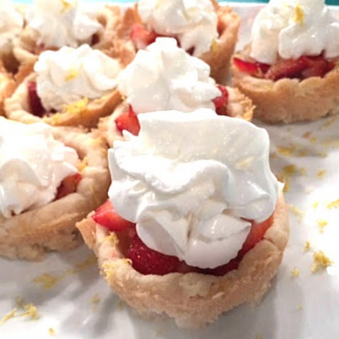 Oven Roasted Strawberry Cookie Cups
