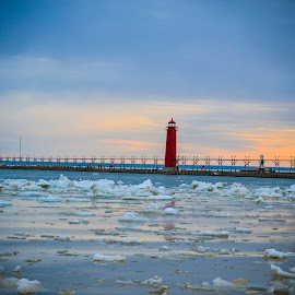 Grand Haven State Park by Wendie Simonson - Buildings & Architecture Other Exteriors ( michigan, lake michigan, michigan state parks, lighthouses of michigan, lake michigan lighthouse, lighthouse, pier )