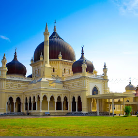 State Mosque of Kedah by Redzal Amzah - Buildings & Architecture Other Exteriors