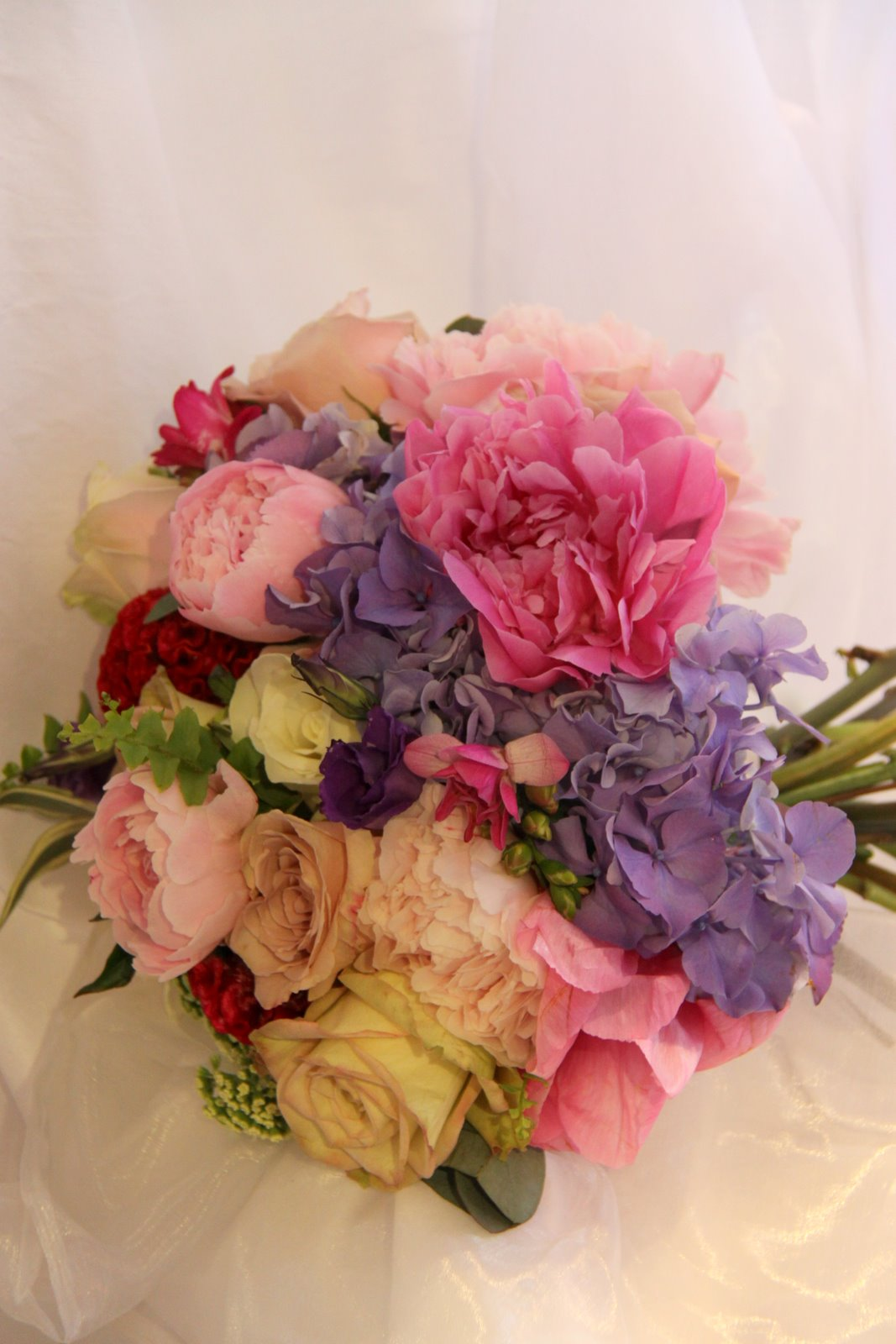 Blousy Wedding Bouquet in