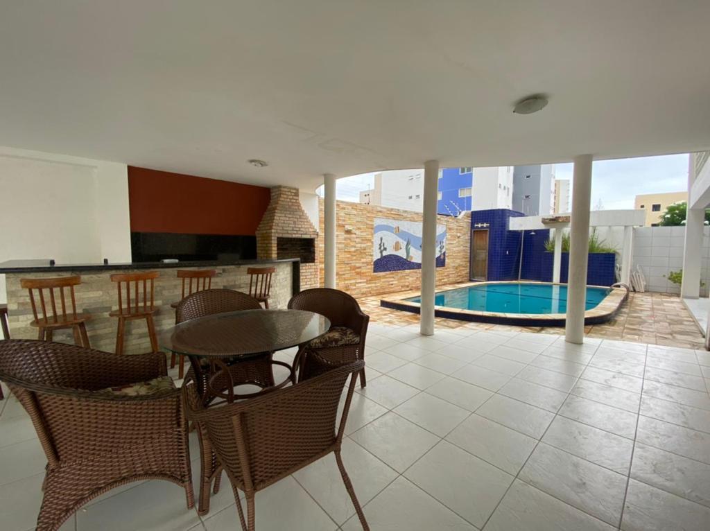 Casa com 4 dormitórios para alugar, 488 m² por R$ 6.000,00/mês - Bessa - João Pessoa/PB