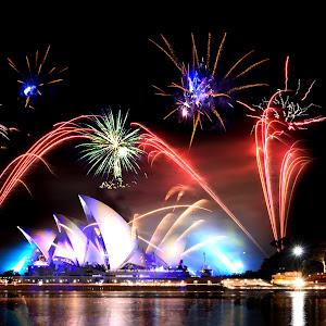 Opera-house-&-fireworks.sydney.jpg