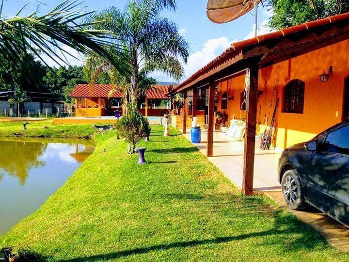 Chácara com 3 dormitórios à venda e locação, 5830 m² por R$ 520.000 - Jardim Bom Jesus - Toledo/MG