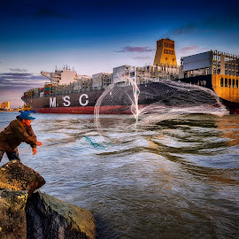 The Fisherman by Alfabile Santana - City,  Street & Park  Street Scenes ( brazil, peoples, ship, women, photography )