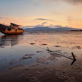 by Erwan Setyawan - Transportation Boats ( dermaga, soro, lama, kempo )