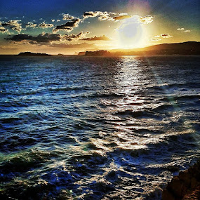 Evening sea by Aleksey Maksimov - Instagram & Mobile Instagram