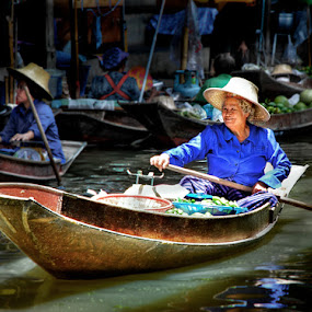 Smiley Face by Donny Koerniawan - People Portraits of Women ( market, thailand, floating, senior citizen, transportation, women )