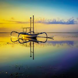 .:: side light ::. by Setyawan B. Prasodjo - Transportation Boats