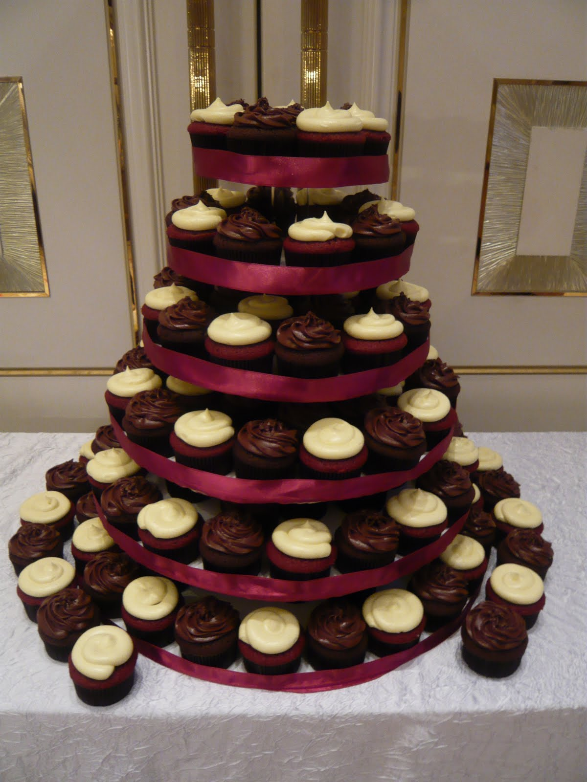 cupcake centerpieces for