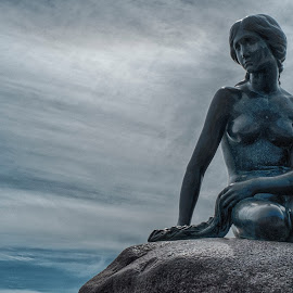 Little Mermaid by Gary Chin - Buildings & Architecture Statues & Monuments