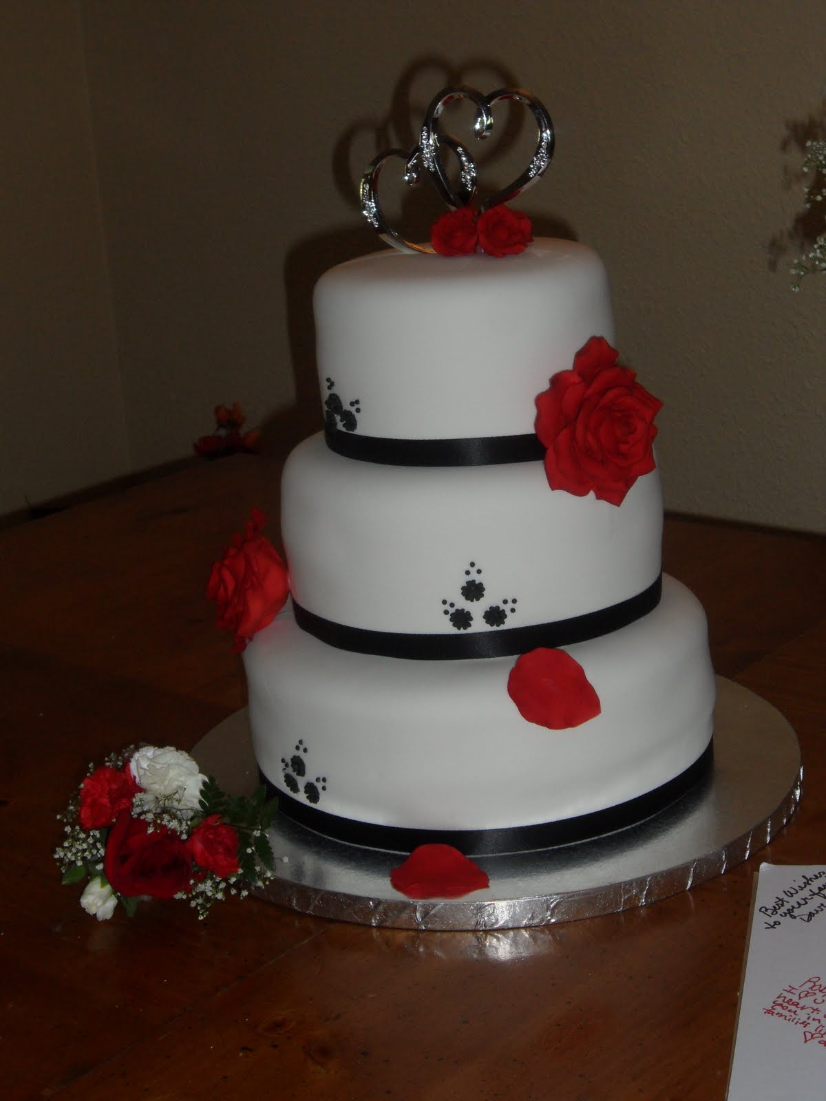 black white red weddings