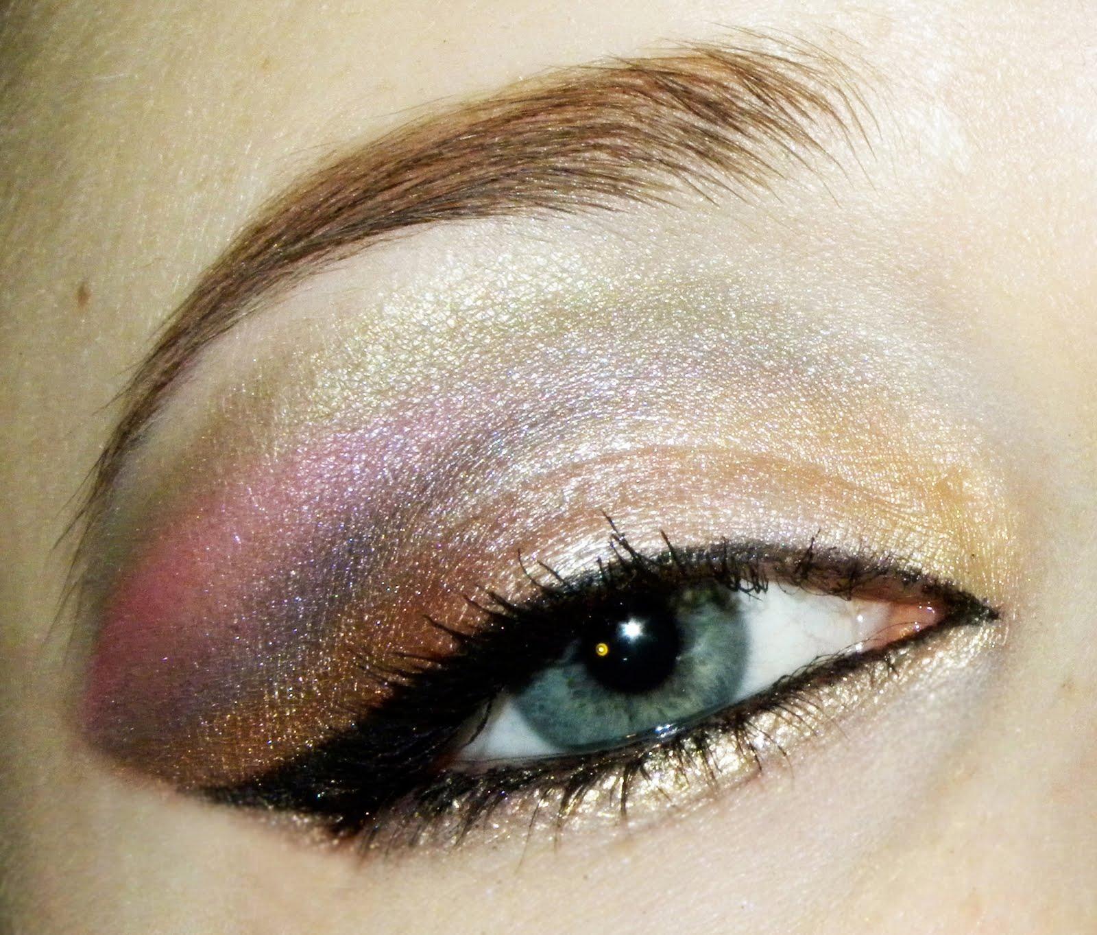Muted Arabic Eye Makeup