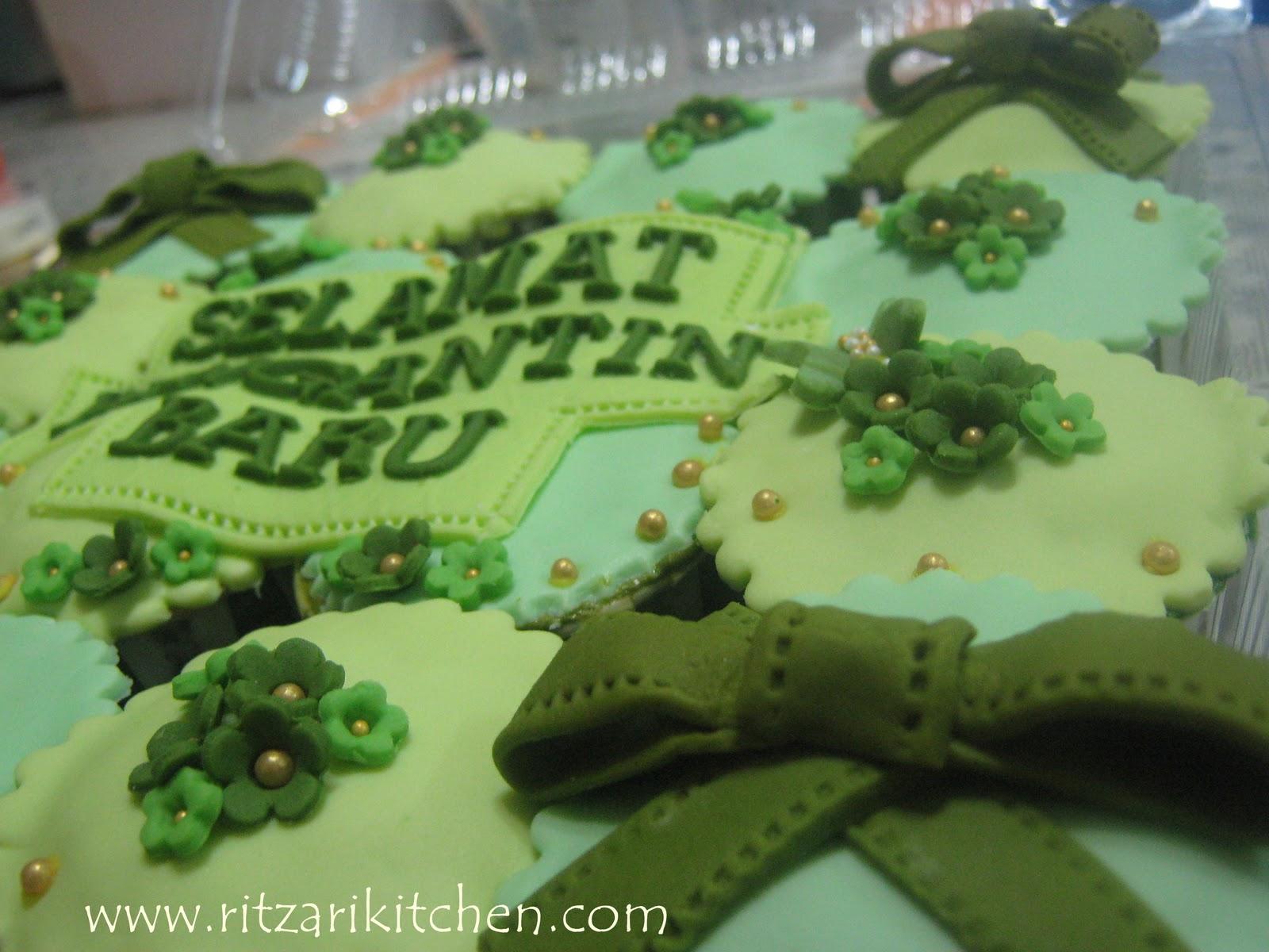 Go Green Wedding Cupcakes