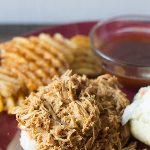 Slow Cooker Pulled Pork with Barbecue Sauce