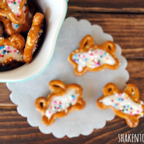 Chocolate Filled Bunny Pretzels