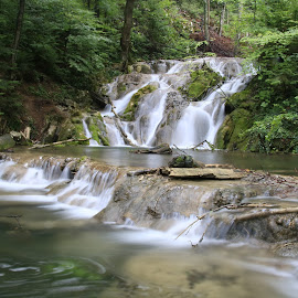 Cheile Nerei-Beușnița România  by Ovidiu Gruescu - Landscapes Waterscapes