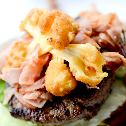 CHEESE CURD BURGER