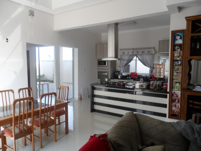 Casa residencial à venda, Mirante dos Ypês, Salto.