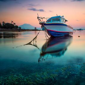 .:: off duty ::. by Setyawan B. Prasodjo - Transportation Boats