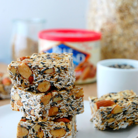 Toasted Oat and Sesame Granola Bars