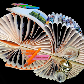 Books by Asif Bora - Artistic Objects Education Objects