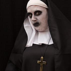 The Nun by VAM Photography - People Street & Candids ( nun, comic con, costume, nyc, culture )