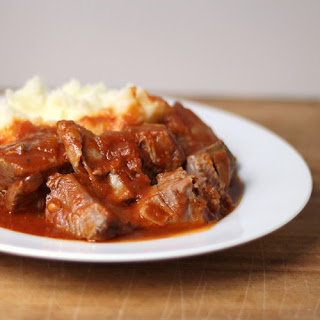 Braised Country Ribs in Tomato Sauce