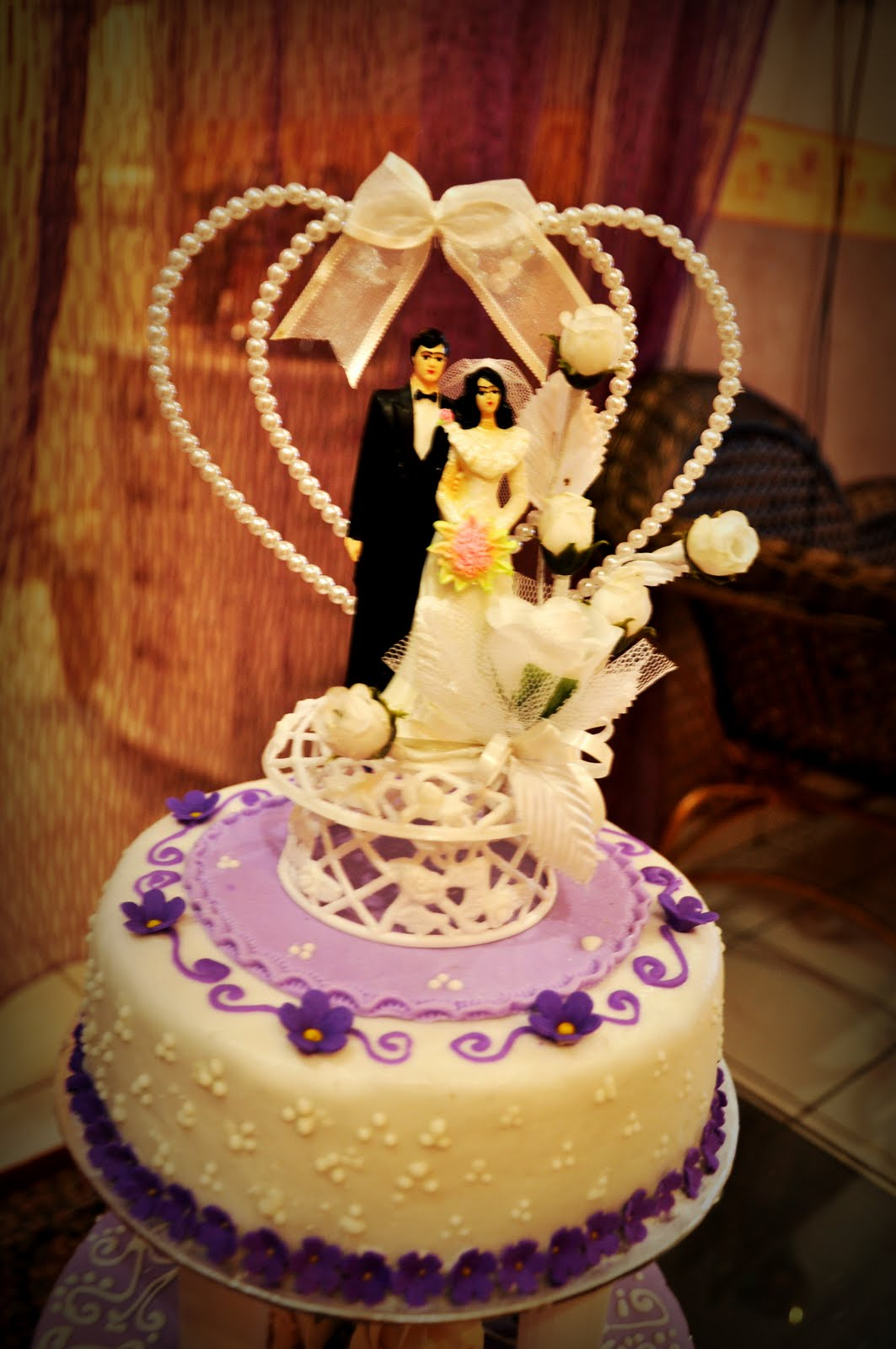 Joy\'s blog: 2 tier Wedding Cakes - Purple