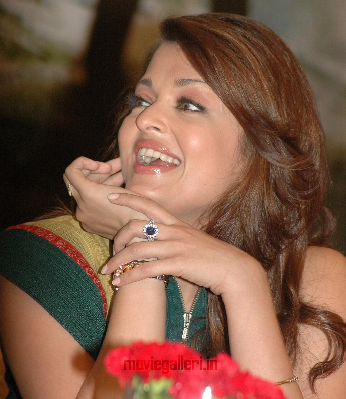 Aishwarya Rai @ Villain