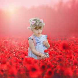 Eva delicate with a poppy by Love Time - Digital Art People