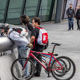 Whats going on? by Andrew Moore - People Street & Candids