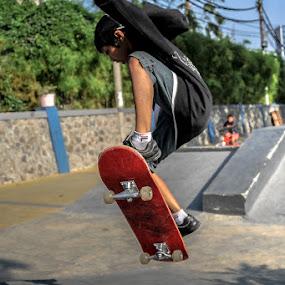 Jump, Daylendra! by Kèn Nugraha - Sports & Fitness Skateboarding ( skateboarding, dn, sk8, surabaya, skatepark )