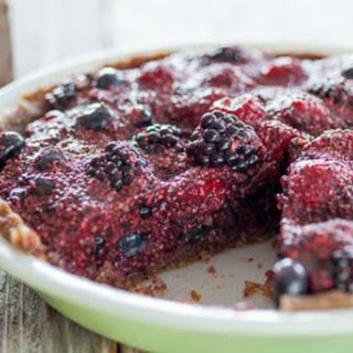Raw Berry Chia Pudding Pie
