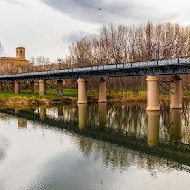 by Roberto Gonzalo Romero - Buildings & Architecture Bridges & Suspended Structures
